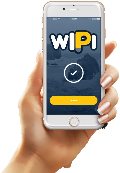 יד נשית מחזיקה בטלפון עם הלוגו של WIPI